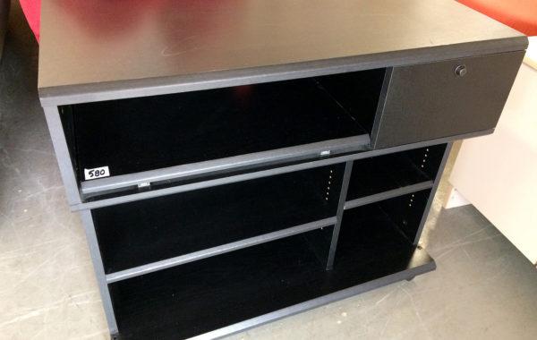 702 TV stolek na kolečkách