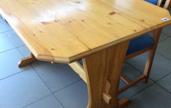 94 selský dřevěný jídelní stůl 130x80x77cm za 1380Kč