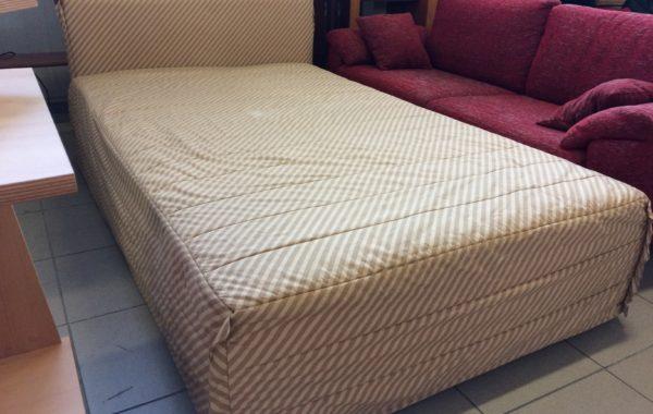 318 postel s přehozem a úl.prostorem 120x200cm za 2760Kč