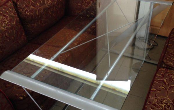 417 skleněný psací stůl – 156x70x73 cm za 1270 Kč