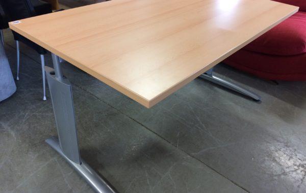564 velký psací polohovatelný-zvedací značkový stůl 140x80cm za 1760Kč