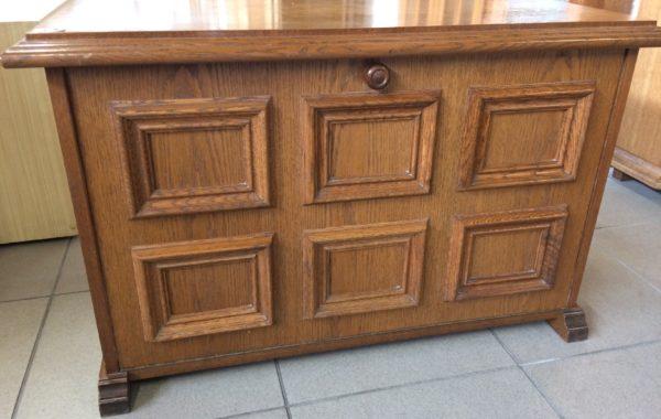 615 rustikální dubový botník  87x42x55za 1970Kč