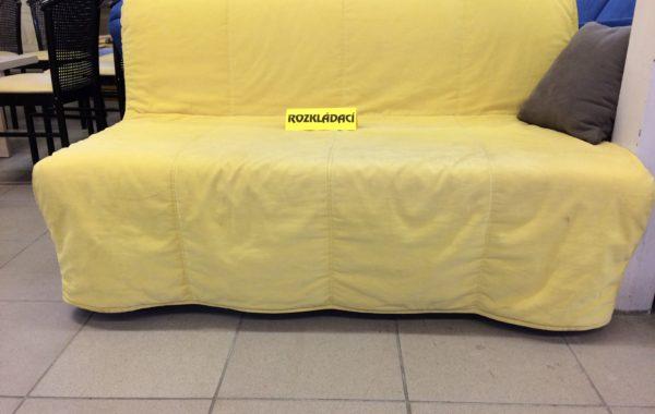 428 rozkládací pohovka 140cm široká se žlutým pratelným potahem za 2580Kč