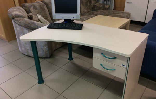 801 světlý psací stůl se šuplíky 125x90x72cm za 1490Kč