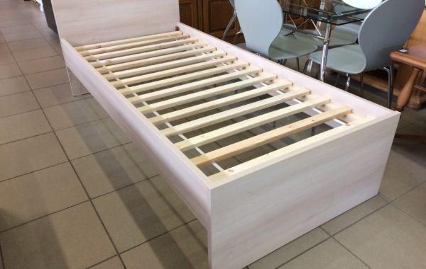 846 nové kvalitní postele,zesílený materiál 25mm,lamelové rošty 200x90cm,za 1980Kč