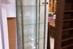 65 úzká vitrína-skleníček uzavřený 55x40x192cm