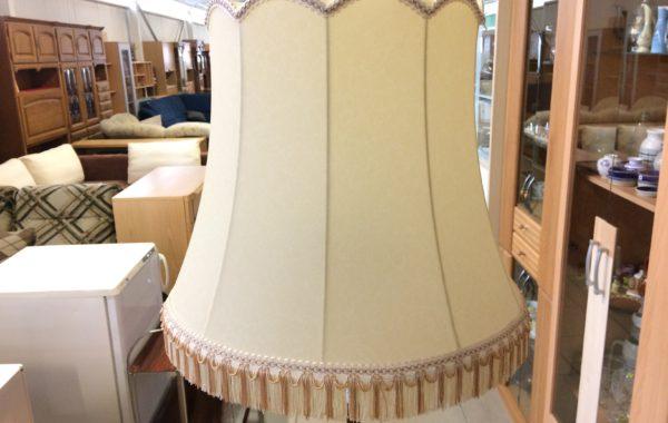 296 180cm lampa s pergamenovým 50cm stínítkem za 1240Kč