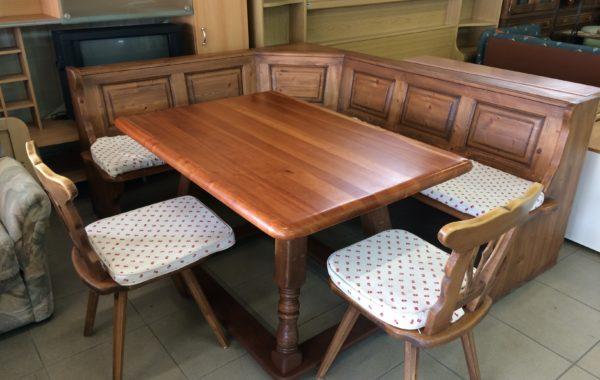 649 dubová lavice 200x170cm,masívní stůl 130x90cm a dvě židle za 7480Kč