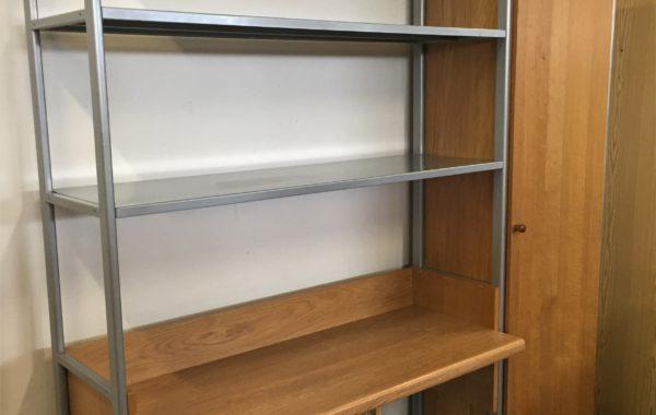 763 IKEA kovový regál s psacím stolem a skříní 175x50x208cm za 2780Kč