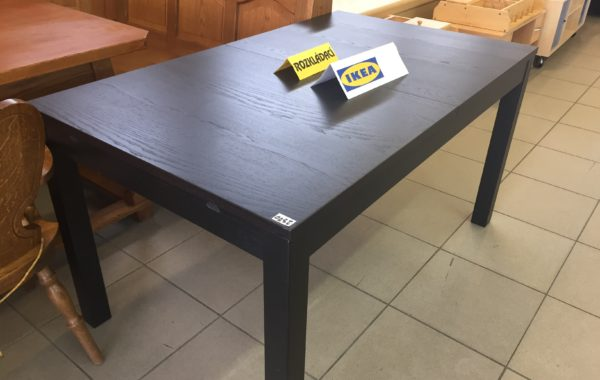 939 Ikea černý rozkládací stůl Bjursta 140x84x74cm,po rozložení až 220cm za 2370Kč