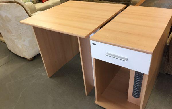 136 dvoudílný psací stůl 80+43x80cm za 1970Kč