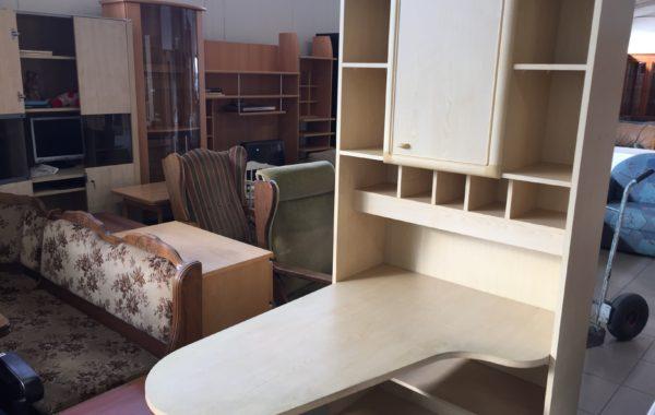 388 studentský pokoj -skříň s psacím stolkem 95x40x200cm za 2780Kč