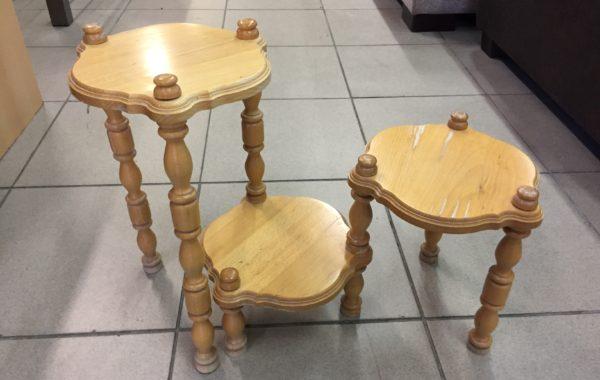 459 květinový stolek soustružený  za 360Kč