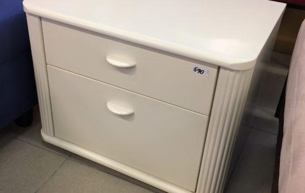 457 bílý dvoušuplíkový stolek  57x43x43cm za 590Kč