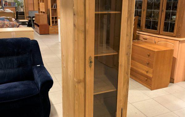 670 smrková vitrina -masív bez laku,jen vosk 70x55x174cm za 2450Kč