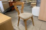 922 dvě a dvě samostatné židle po 340kč