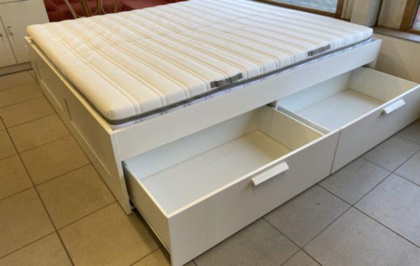 963 IKEA Brimnes postel se šuplíky 200x180cm,matrace Malvik,rošty Leirsund,komplet za 6980Kč