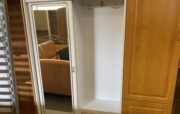 134 bílá odkládací skříň předsíňová s posuvnými dveřmi 110x38x186cm za 2340Kč