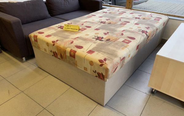 170 čalouněná zánovní vyšší postel 120x200cm s tvrdší matrací a úl.prostorem za 2980Kč