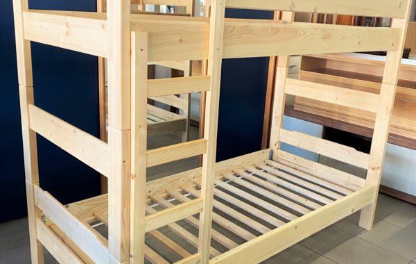 001 patrová nová smrková postel za 4680Kč