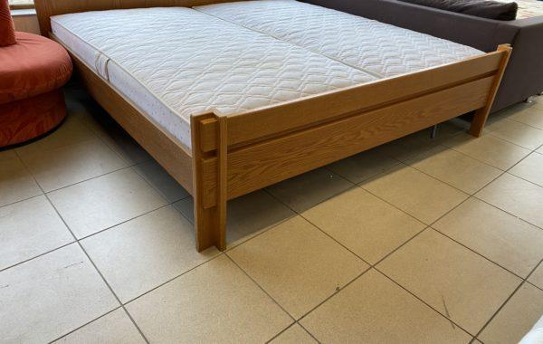 225 dubová dvoupostel 200x200cm ,polohovatelné rošty,polotvrdé matrace za 4280Kč