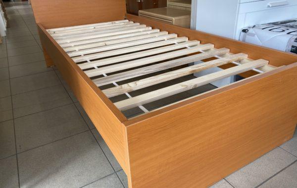 002 zátěžová pevná nová postel -zesílený materiál 200x90cm,s roštem za 2450Kč