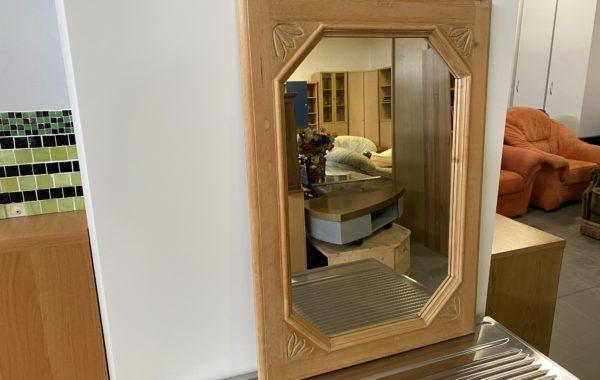 435 vyřezávané zrcadlo v dřevěnem rámu 50c70cm za 670Kč
