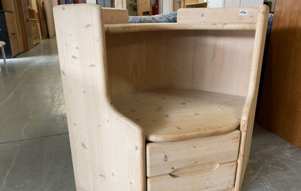 279 dřevěný smrkový regál -80x80x90cm ,bez laku,jen vosk za 1870Kč
