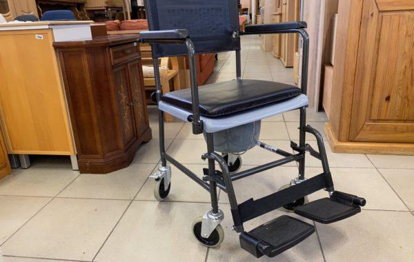 520 pojízdná židle s wc -zánovní stav,nosnost 135kg za 1960Kč