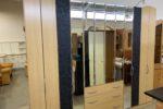 547 velká šatní skříň se skládanými dveřmi a zrcadly 270x58x228cm za 5870Kč