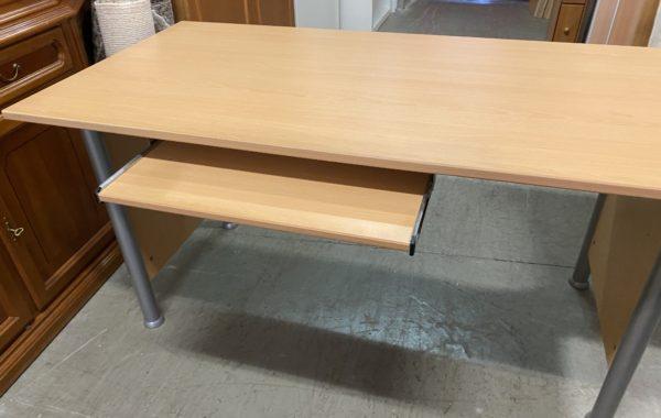 988 velký psací stůl 150x75x75cm za 1470Kč