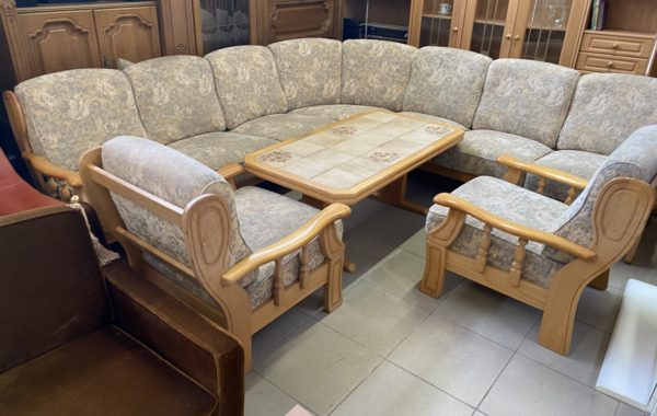 145 rohová velká sedačka -dubový masív a dvě pohodlná křesla280x280cm za 6940Kč