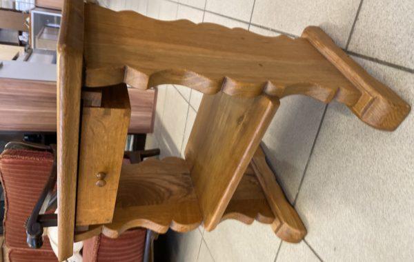 280 malý dubový odkládací stolek 43x23x50cm za 790Kč