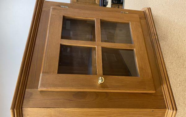 288 závěsná borovicová skříňka bez laku,jen vosk 32x32x43cm za 570Kč